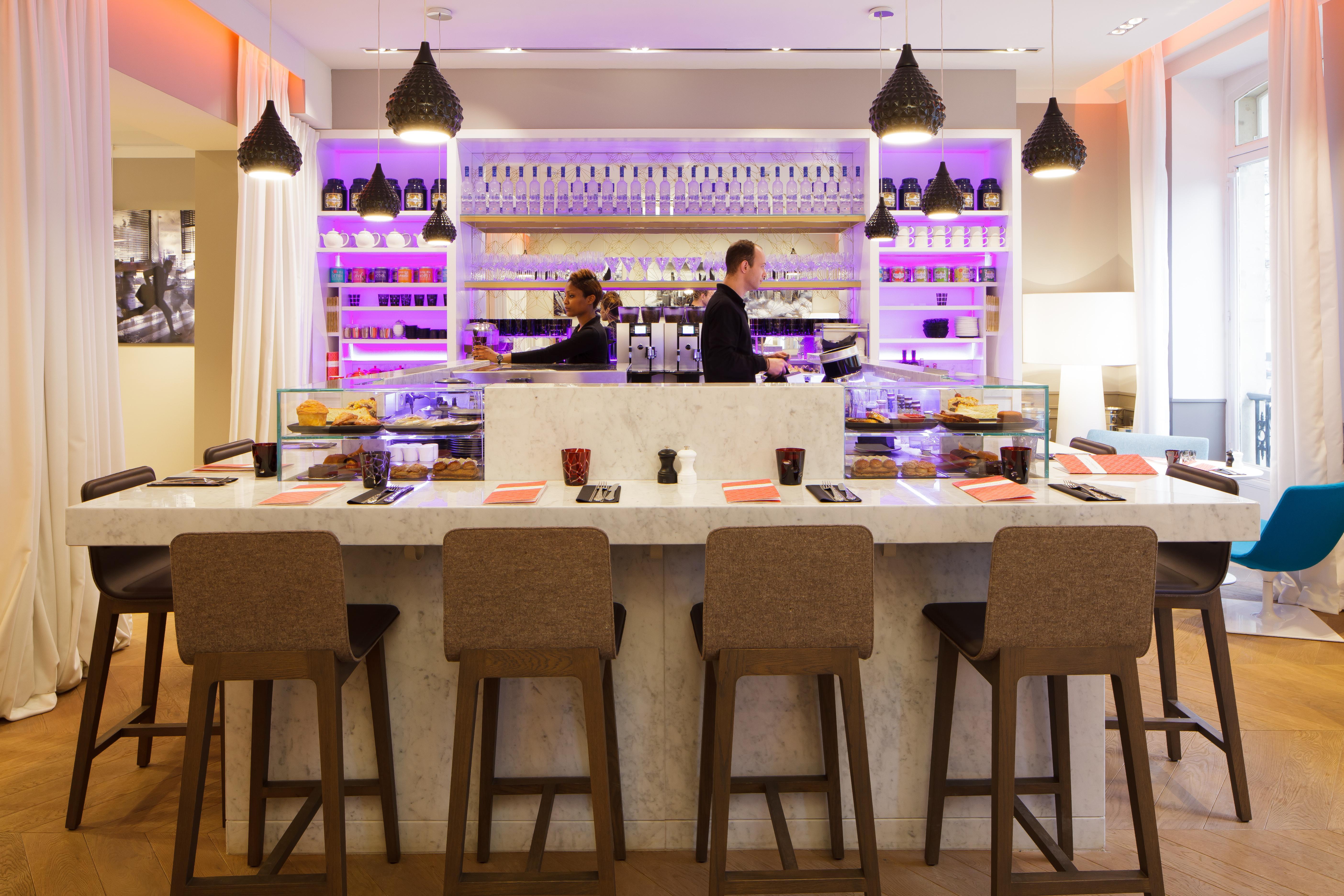 14 Best Must Visit Cafes All Around Paris BonAppetour