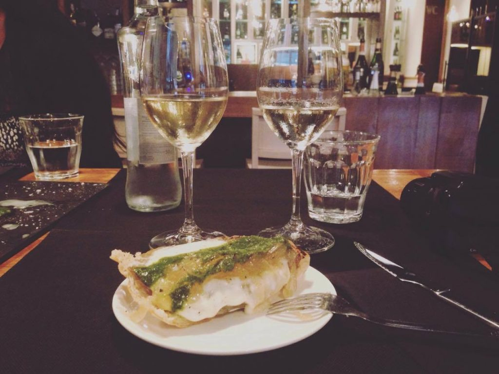 Foodie's Guide To Christmas In Barcelona cava