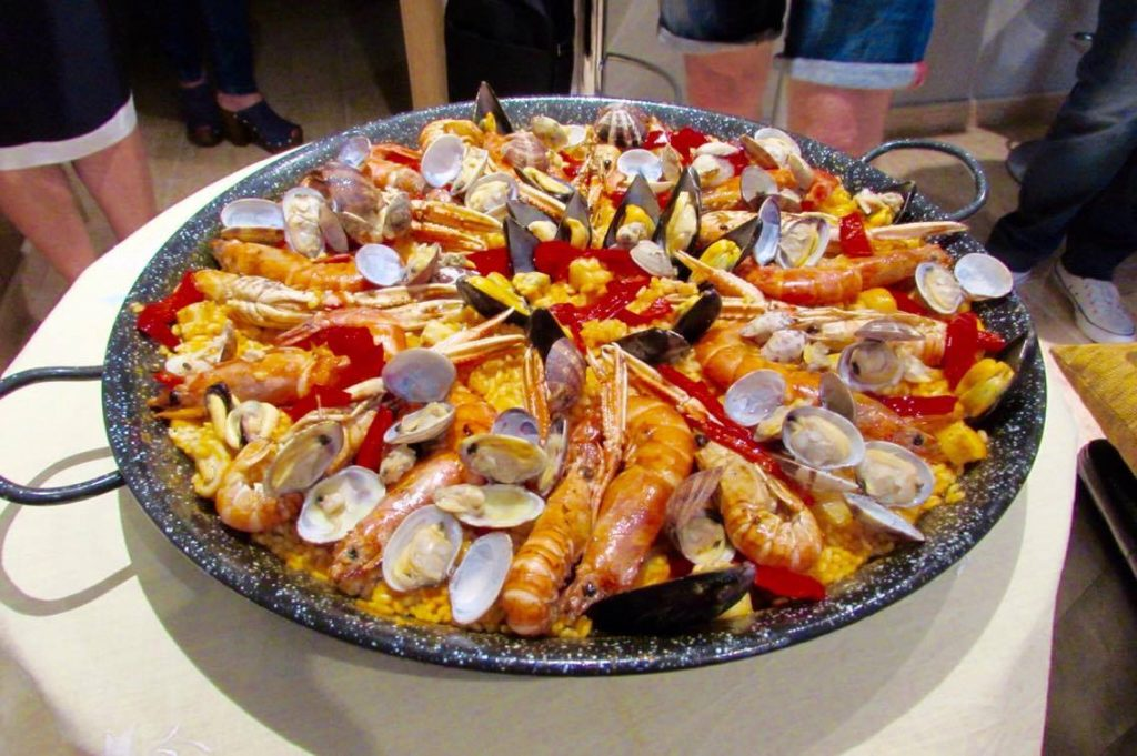 Foodie's Guide To Christmas In Barcelona paella